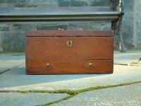 Antique Early American dovetailed box