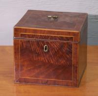 Antique dresser box. Measures 6 by 5 and one half inches