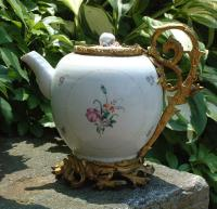 Antique 18th Century Chinese Export Porcelain Teapot