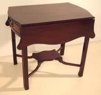 Period English Chippendale Pembroke drop leaf table