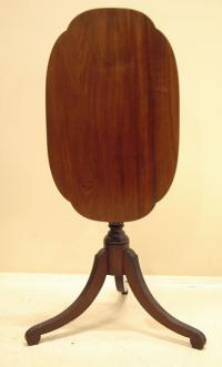Period American Federal tilt top candlestand c1800