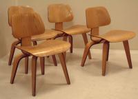 Set Charles Eames molded birch chairs by Herman Miller
