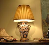 Imari porcelain lamp with brass base