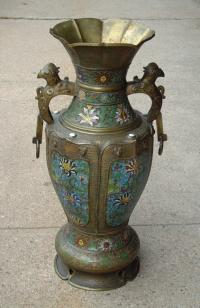 Champleve bronze Chinese urn with handles c1860
