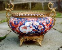 Large Japanese Imari vase compote with bronze mounts c1880
