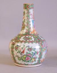 Chinese export porcelain Rose Medallion vase c1860