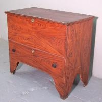 Period American country grain painted lift top blanket chest c1750