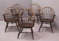 Nichols and Stone knuckle arm Windsor arm chair