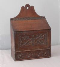 Early English oak candlebox with lidded top opening