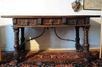 17th century Spanish ball foot walnut library table c1680