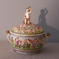 Italian Capodimonte covered porcelain tureen with putti