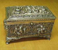 Solid silver dresser box from Thailand