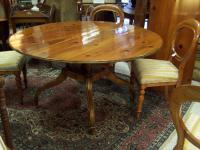 Baker Dining room table with two leaves