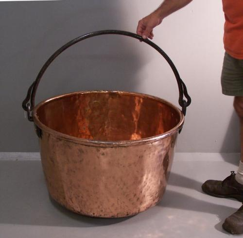 Large heavy copper cauldron with wrought iron handle 19thc